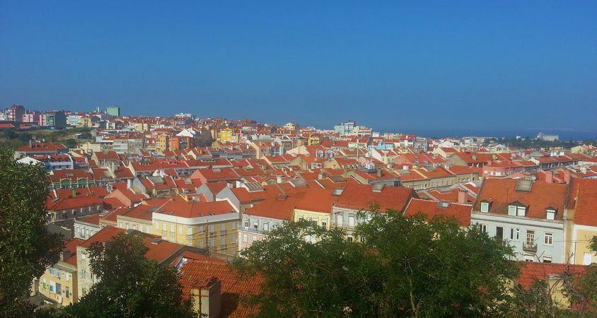 Vue sur Lisbonne du Belvédère de Penha de França