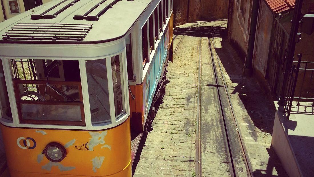 Itinéraire Lisbonne triple play : 3 funiculaires + 3 belvédères + 3 lieux