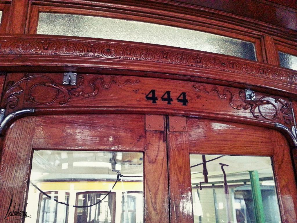 Détail intérieur tramway musée carris