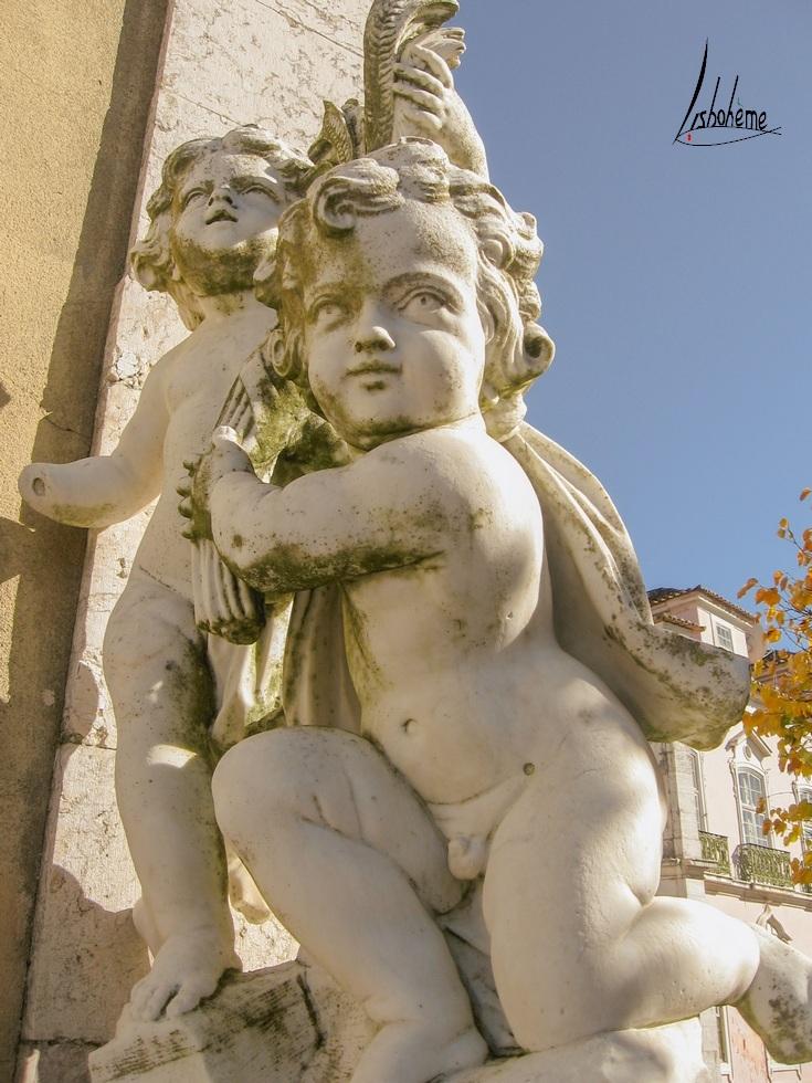 Chérubin, Jardins, Palais de Queluz à Sintra, près de Lisbonne, Portugal