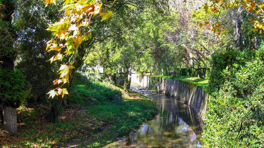 Canal, Jardins, Palais de Queluz à Sintra, près de Lisbonne, Portugal